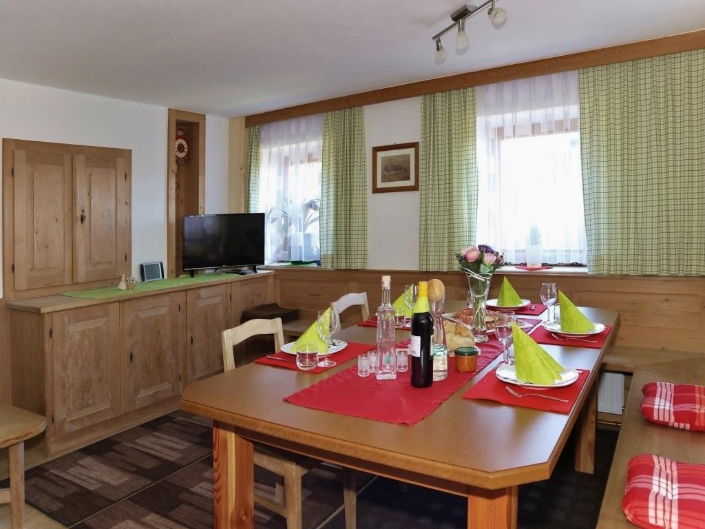 Adlerhorst Tuxer Alpen | Bauernhaus für 4 - 8 Personen mieten