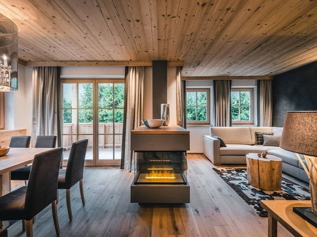 liondes chalets st vigil kronplatz luxus chalet f r 2 6 per. Black Bedroom Furniture Sets. Home Design Ideas