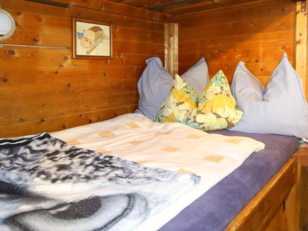 betten 1 20 meter breit versand kostenlos with betten 1 20 meter breit latest einige sind mit. Black Bedroom Furniture Sets. Home Design Ideas