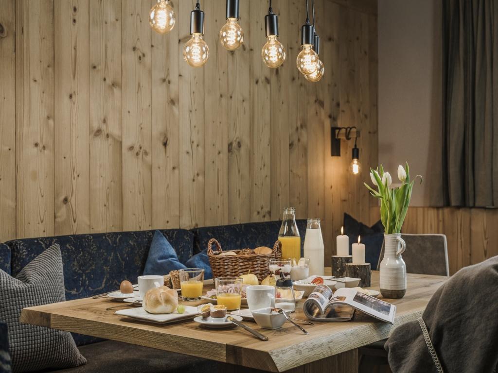 Luxus Chalet Erika Im Zillertal ... Frühstücken